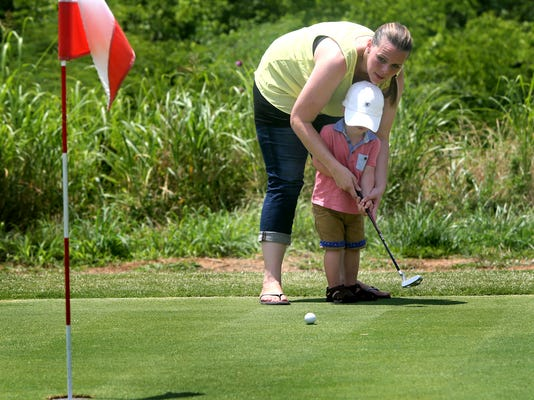 -6-Bloomfield Links Golf.jpg_20140616.jpg