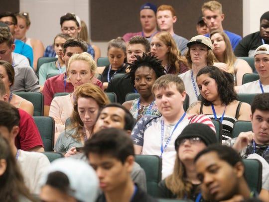 Incoming Florida Gulf Coast University freshmen attend