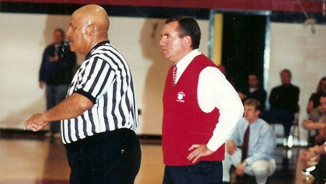 Doug Plemmons is returning for another run as Franklin's boys basketball coach.