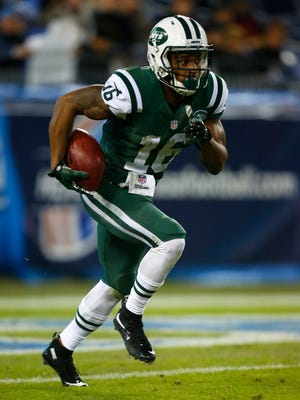Jets receiver Percy Harvin has been limited by an injury to his ribs.