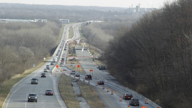 The Sagamore Parkway bridge over the Wabash River will close periodically Jan. 16.