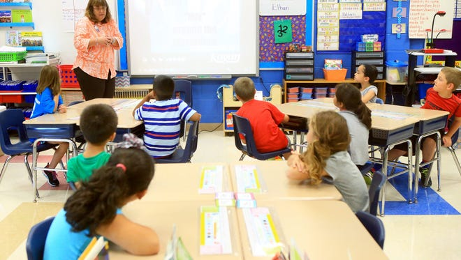 Second-grade teacher Judy Charlton talks to her students during a soft skills learning exercise Friday, Oct. 4, 2015, at Stephen F. Austin Elementary School in Gregory.