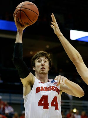 Wisconsin forward Frank Kaminsky (44) leads the Badgers' offensive attack.