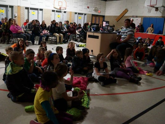 3 - wsd family reading night