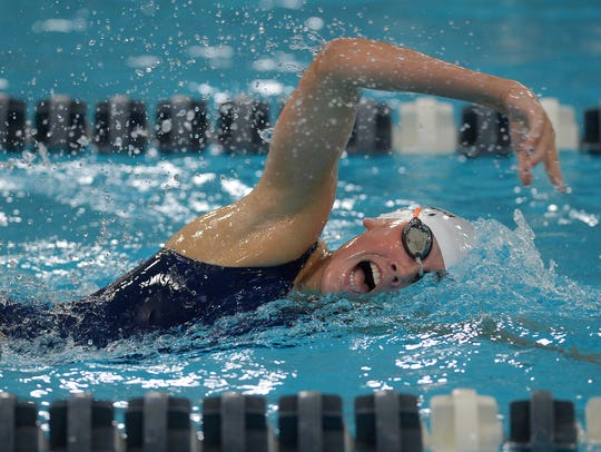 Pittsford's Sarah Smith swims the 500-yard freestyle.