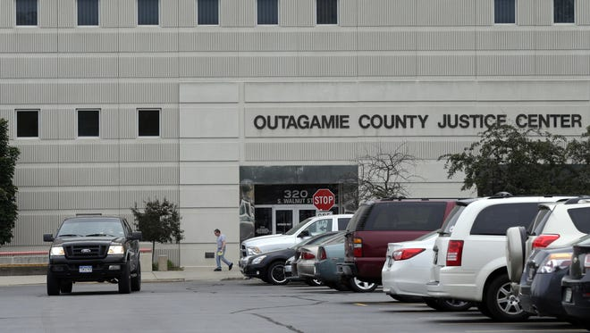 A space crunch at the Outagamie County Justice Center has prompted leaders at the Outagamie County Sheriff's Department to explore the prospect of moving operations outside of its downtown Appleton campus.