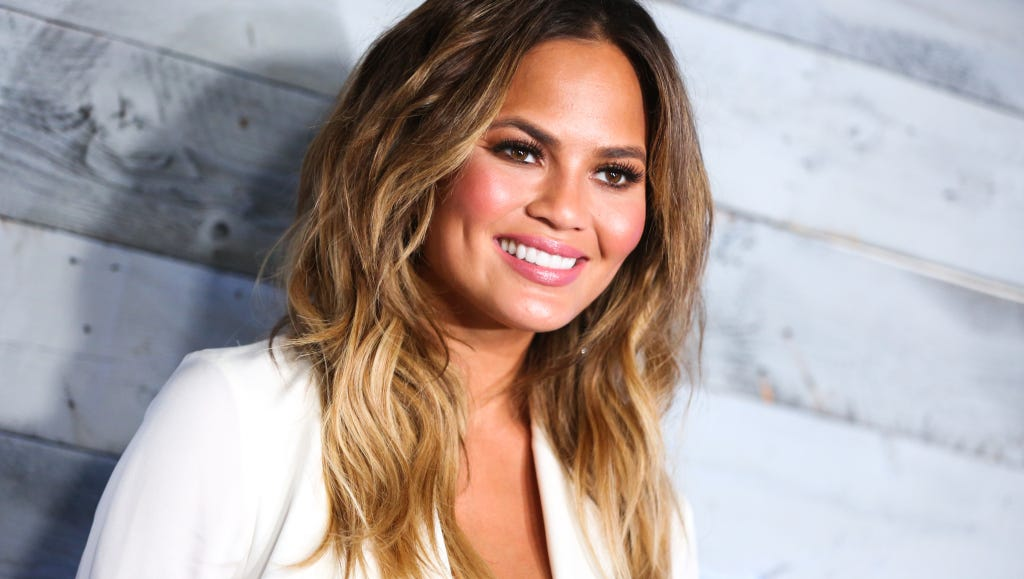 This Is What Chrissy Teigen Stocks Her Fridge With
