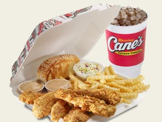 Acknowledging a recent spate of fallen officers in the Cincinnati area, Raising Cane's will provide a free lunch to first responders.