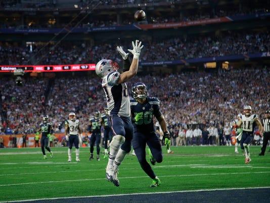 APTOPIX Super Bowl Fo_Boot.jpg