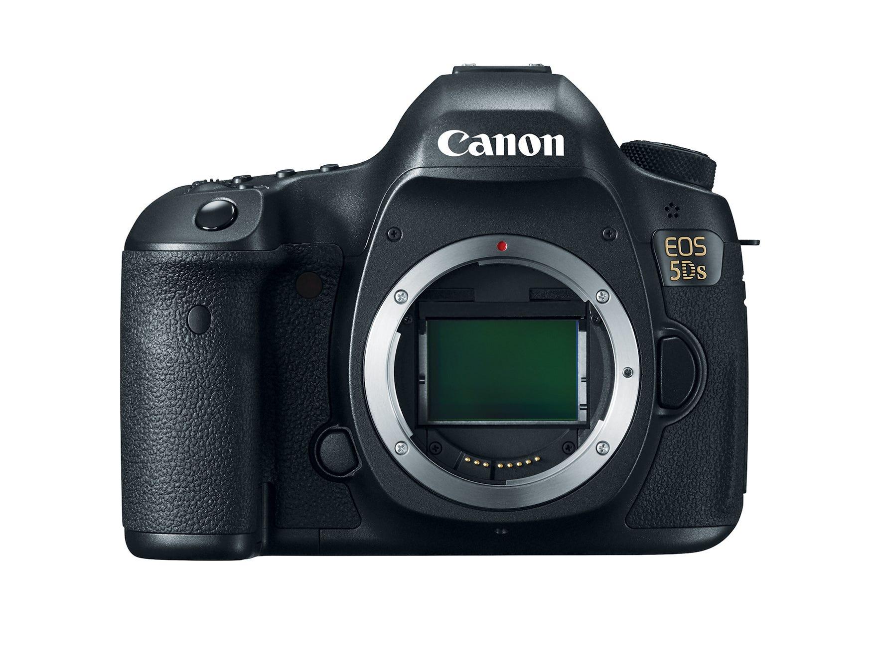 Canon's new 5DS has a 50 megapixel image sensor.