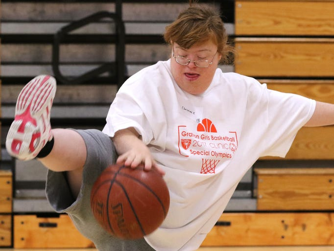 Christine of Eckhardt show how she can dribble under