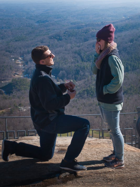 635901876585224301-Chimney-Rock-park-engagement.jpg