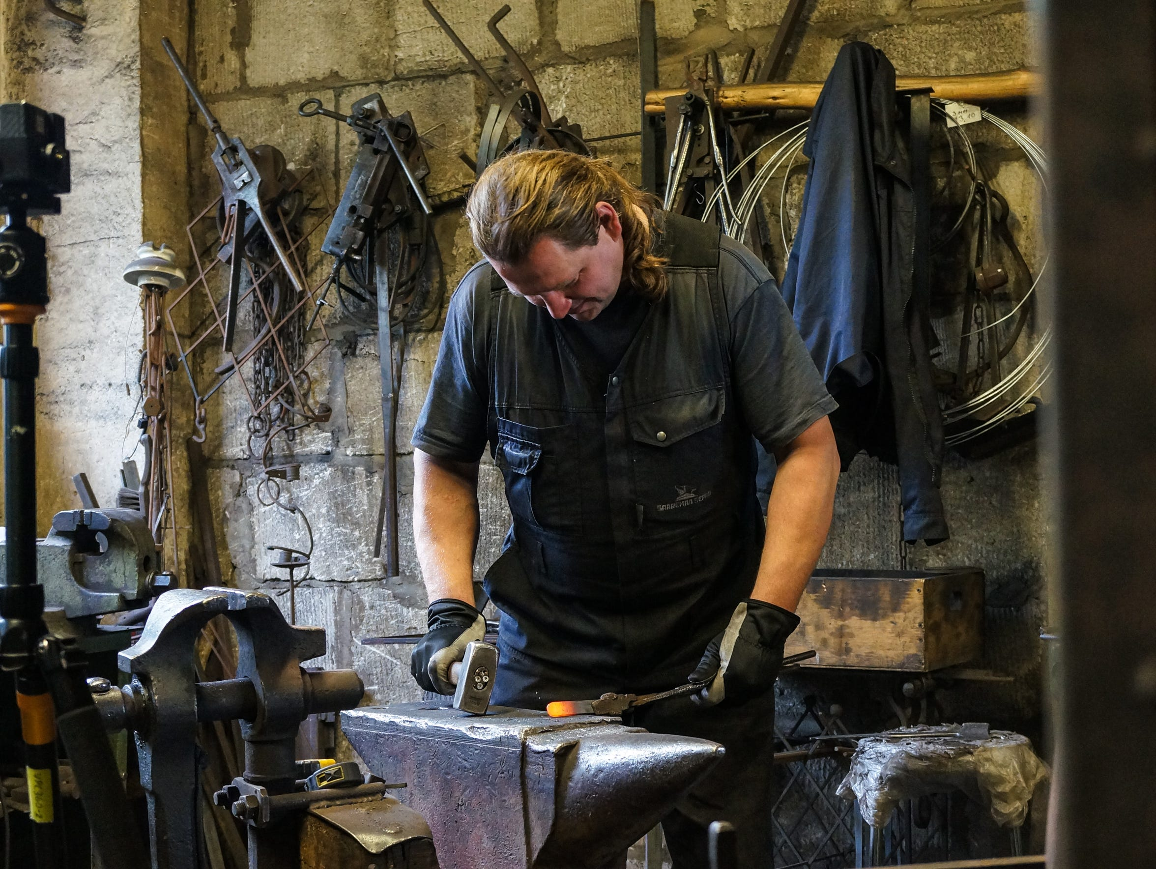 The team of blacksmiths at Saaremaa Sepad do their