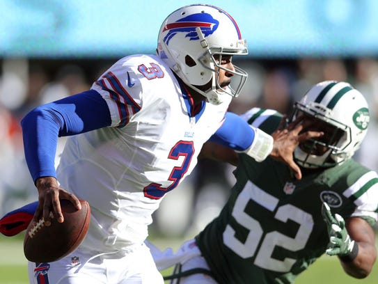 Bills quarterback EJ Manuel was under pressure all
