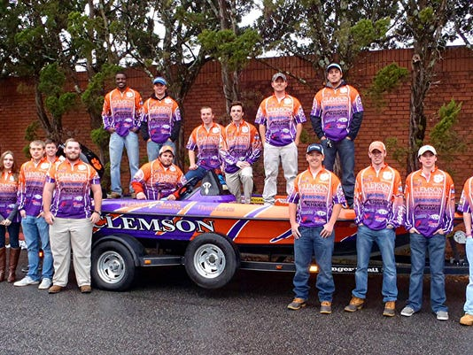 635883838915537649-Clemson-Bass-Fishing-Team.jpg