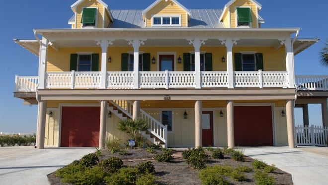 Santa Rosa County Commission plans to look into other options for Navarre leaseholders.