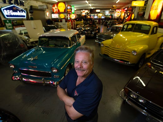 Classic Car Man Cave : Car enthusiasts welcome man caves to fort myers