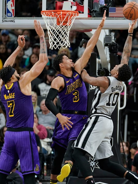 Lakers_Spurs_Basketball_22897.jpg