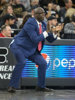 Detroit Mercy head coach Bacari Alexander encourages his team in the second half against Oakland on Friday, Jan. 13, 2017 at Athletics Center O'rena in Auburn Hills.
