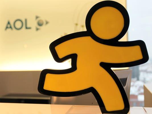 AP EARNS AOL F FILE DEU