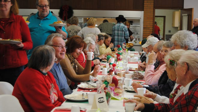 Volunteers expected to serve 400 to 600 Christmas Day dinners in the dining room at the First Congregational Church, 723 Court St., in Port Huron on Friday, Dec. 25, and up to 800 total.