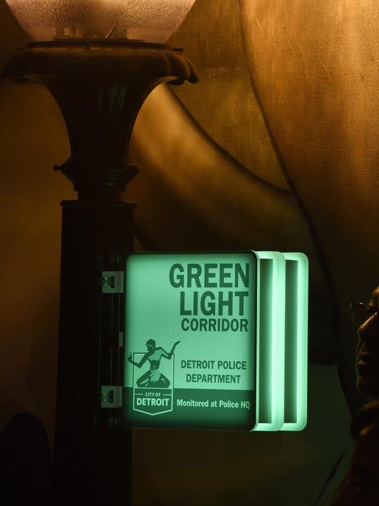 green-light-sign