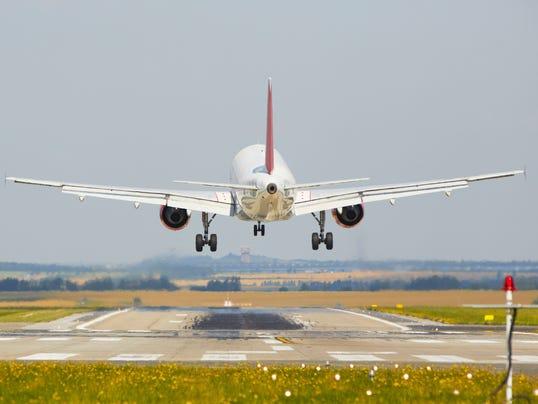 captain-landing