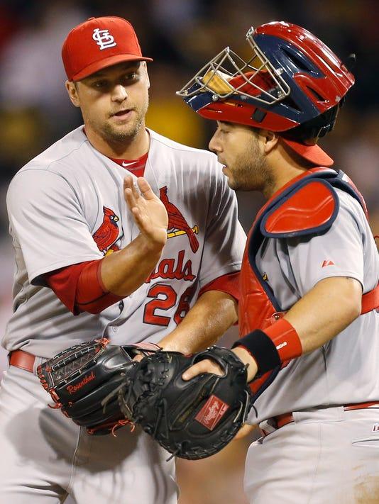 Cardinals Pirates Bas_John.jpg