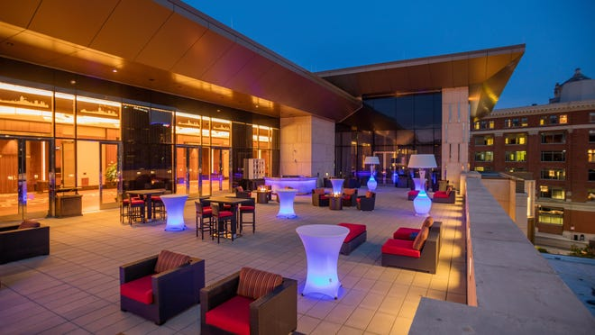Horseshoe Casino Cincinnati is opening the Terrace Rooftop Bar on the casino's second floor.