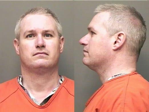 Derek Davis, of Clarksville, Tn., DORL traffic - license