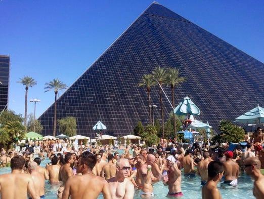 Tour Las Vegas 39 Iconic Luxor Hotel And Casino