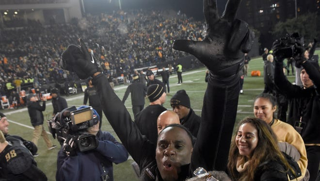 Vanderbilt head coach Derek Mason celebrates his team's win over Tennessee at Vanderbilt Stadium Saturday, Nov. 26, 2016, in Nashville, Tenn.