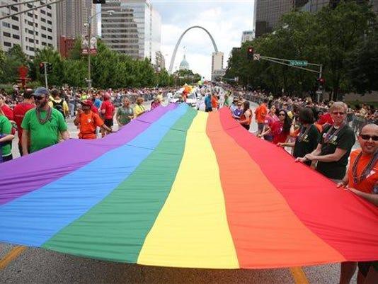 Gay Pride Parade St L_Powe