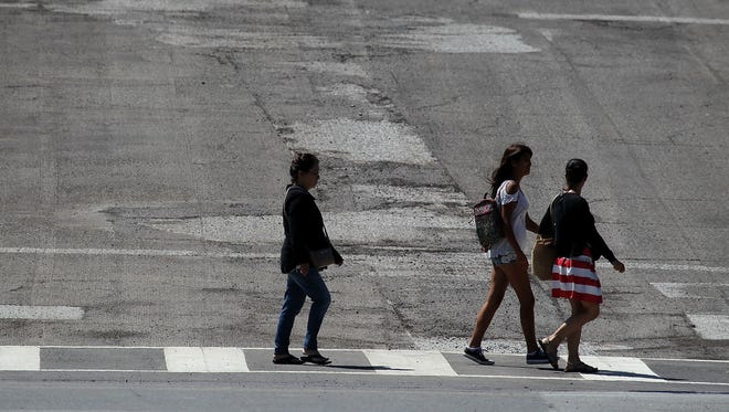 An Indio Police crackdown on jaywalking sent a wise message against the dangerous practice.