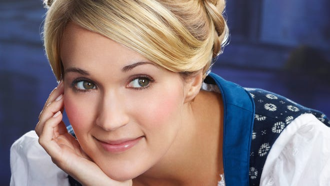 Carrie Underwood plays Maria in 'Sound of Music Live!'