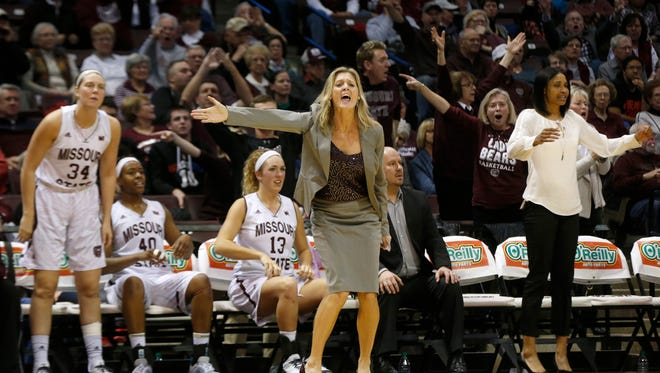 """""""It took me a long time to get to 250 (wins), and my coach had over 1,000,"""" a smiling coach Kellie Harper said after Sunday's win against Loyola. Sunday was """"We Back Pat"""" day at JQH Arena, with fans asked to donate to the Pat Summitt Foundation to help find a cure for Alzheimer's disease."""