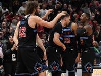 LaVine scores 39, Bulls beat 76ers 108-107