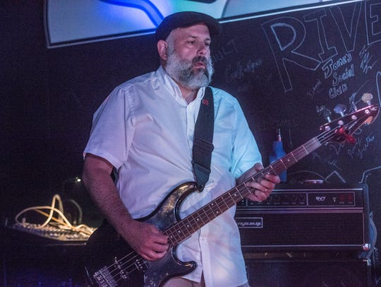 Eric Fennell of 7 Hand Slap rocked The Thirsty Turtle