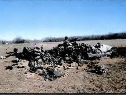 636415258091929136-HC-wreckage-1.jpg