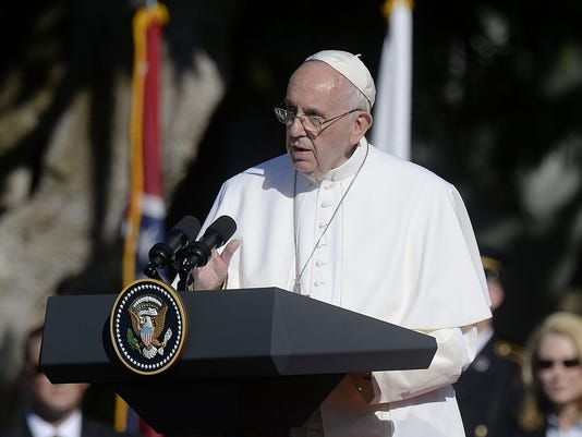 635786052112182032-MCT-US-NEWS-RELIG-POPE-
