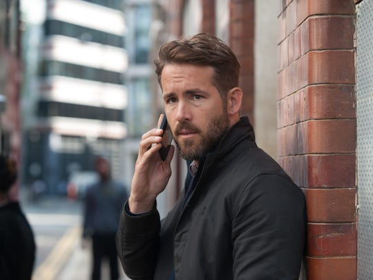 The memories of CIA agent Bill Pope (Ryan Reynolds)