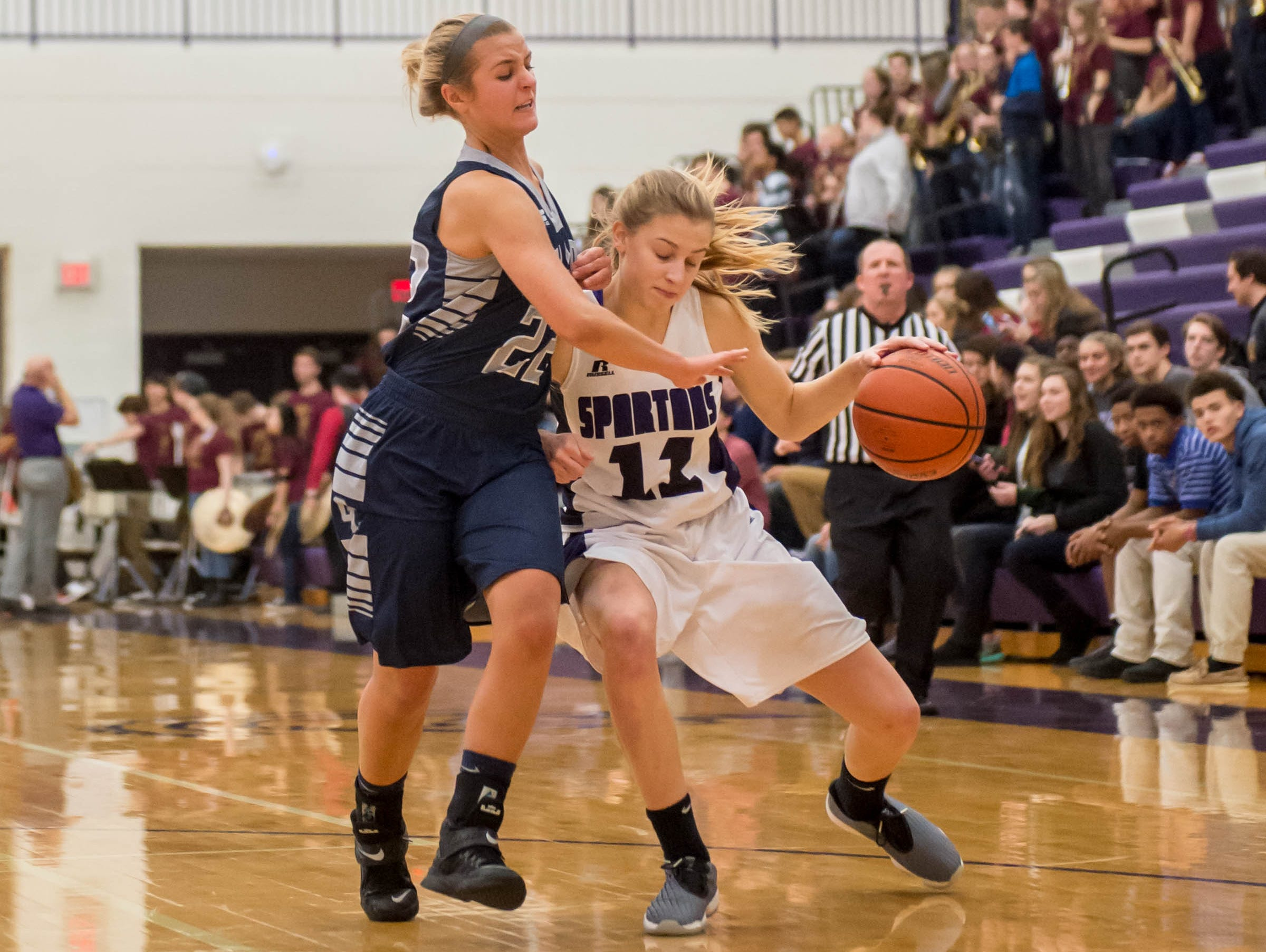 Lakeview's Ava Cook drives to the hoop against Gull Lake in Friday evening's game.