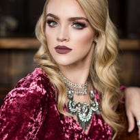 Photographer Kim Wilhite takes us inside a glam session