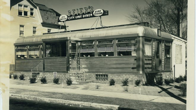 """Photo of the Egg Platter sometime in the mid-1950s. It originally was known as """"Geier's City Line Diner."""" This photo appears in """"The History of New Jersey Diners"""" by Michael C. Gabriele, but was provided by Jim Van Lenten--a member of the Schelling family, which owned and operated Master Diners Inc., which was located in Pequannock, NJ."""