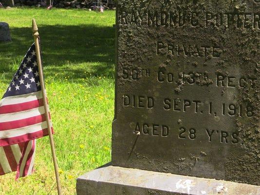 Cemetery detail 3