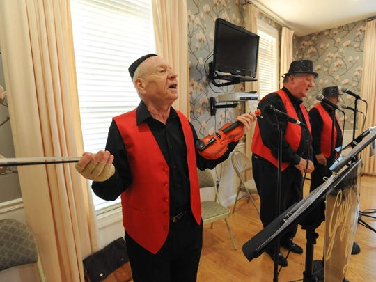 """John Levine, a resident of Spring Meadow in Smyrna, rehearse for their show in September at Maple Dale Country Club entitled """"Give Our Regards to Broadway."""""""