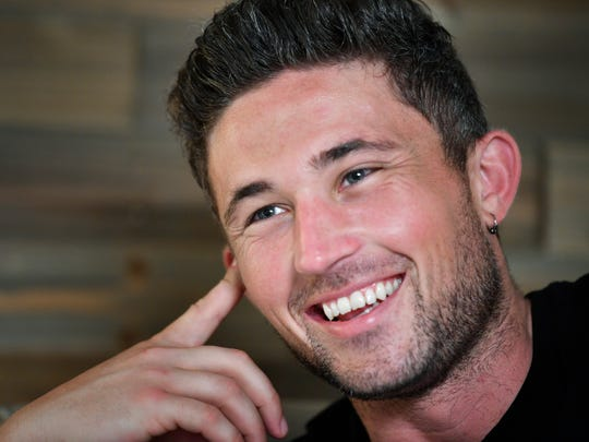 Michael Ray grew up playing in a band with grandfather.