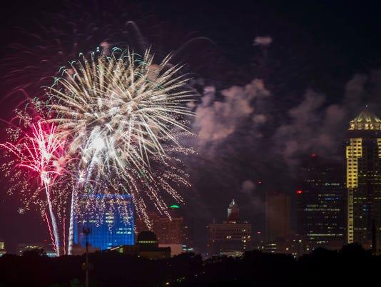 070317_fireworks_YDPops_rwhite_117