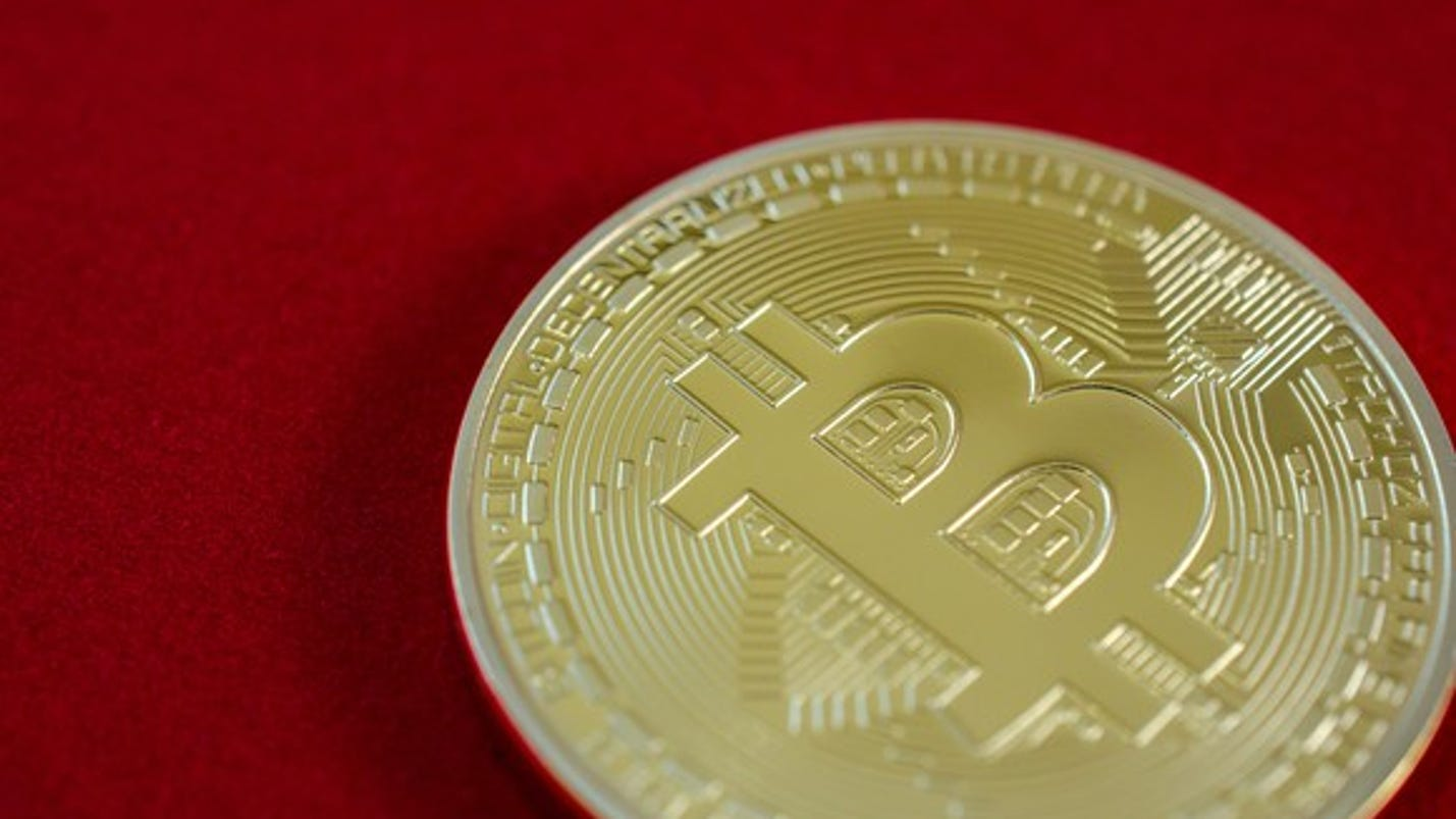 bitcoins eyed as a new currency online How new currency  from a user's perspective, you either sign up with an online service that holds your bitcoins  your new bitcoins will be.