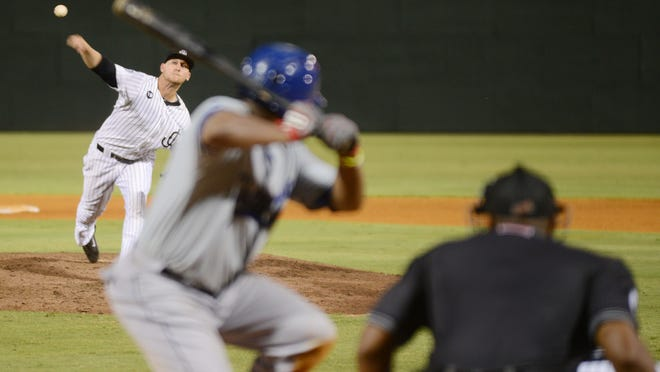 Kevin Rivers, normally a right fielder, pitches for the Jackson Generals against the Chattanooga Lookouts Saturday in Jackson.
